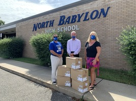 North Babylon Schools receive generous mask donation